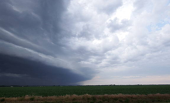 Coming Storm by Chris Shadwick