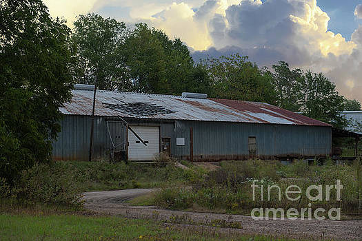 Commercial Building in Anderson SC by Dale Powell