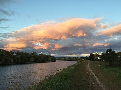 Connecticut River, Hadley, Massachusetts by Trace Meek