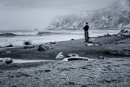 Nikolyn McDonald - Contemplation - Beach - California