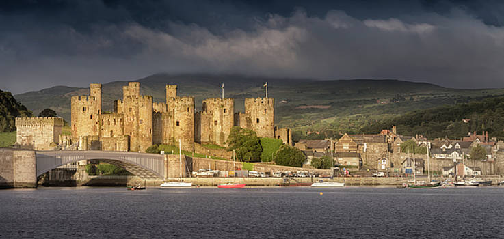 Conwy Castle by Steve Caldwell