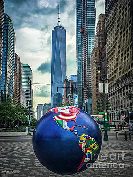 Julian Starks - Cool Globes Art at NYC Battery Park City