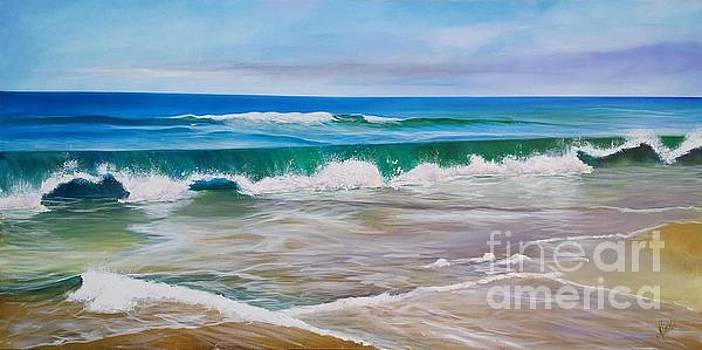 Coolum Waves by Shirley Lennon