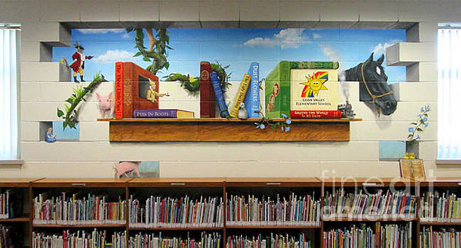 Coon Valley Elementary LMC Mural by Sarah Pederson