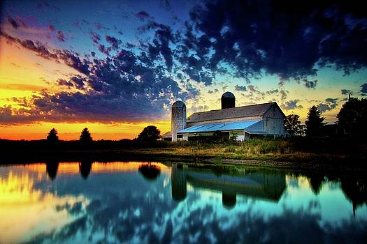 Corbett's Farm Sunset by Rod Flauhaus