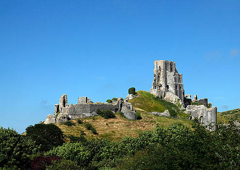 Corfe Castle, Dorset by Mike Finding