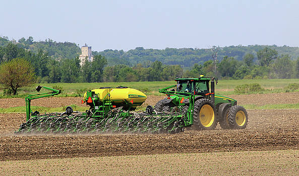 Corn Planting Fremont County Iowa by J Laughlin