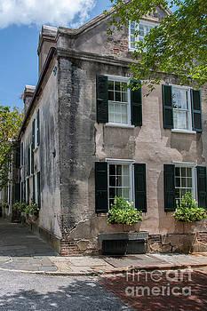 Dale Powell - Corner of Charleston Historic