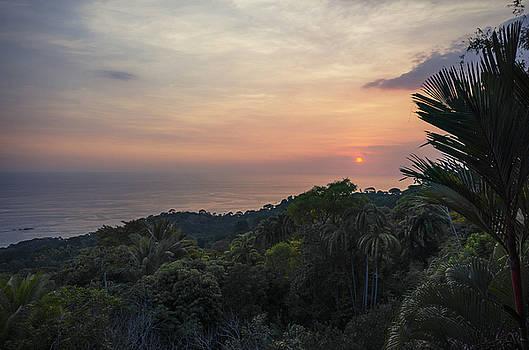Costa Bellina by Paul Geilfuss