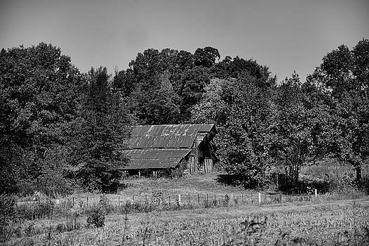 Country Barn in Black and White 122020157061 by WildBird Photographs