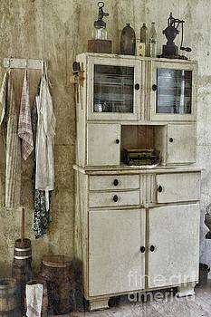 Nikki Vig - Country Farmhouse Kitchen Cupboard