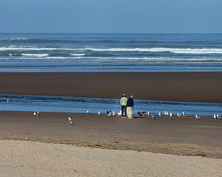 Couple Feeding Gulls by Jane Eleanor Nicholas