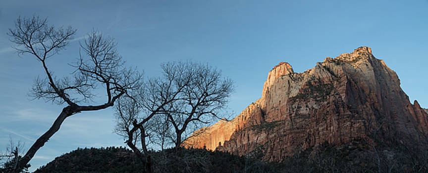 Court Of The Patriarchs Sunrise Zion National Park by Steve Gadomski