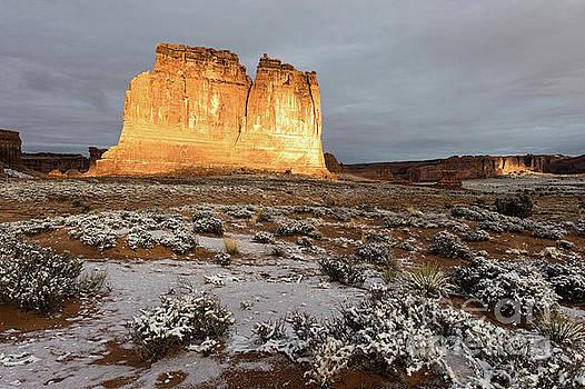 Tibor Vari - Courthouse Rock Arches National Park