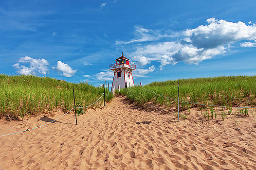 Covehead Harbour Lighthouse by Eunice Gibb
