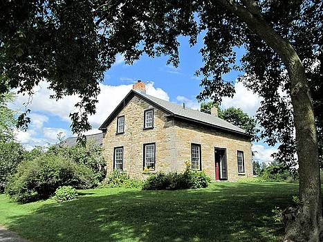 Valerie Kirkwood - Cozy Stone House