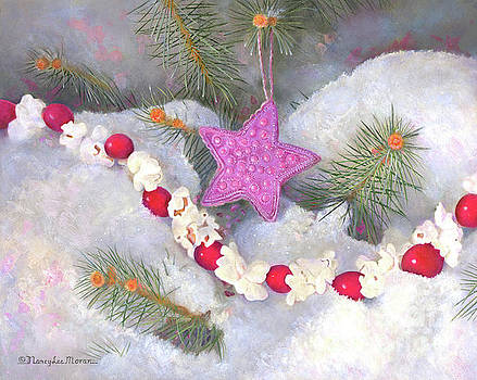 Cranberry Garlands Christmas Star in Orchid by Nancy Lee Moran
