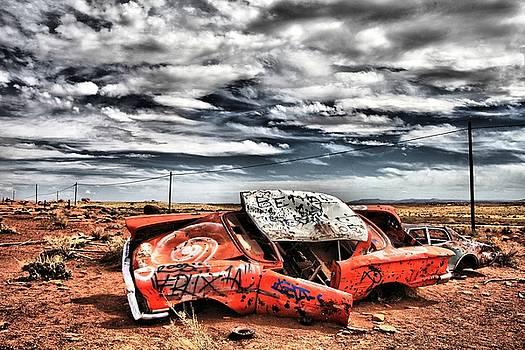 Crashed Cars in Arizona by Ferran Badia