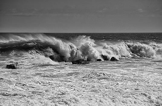 Cliff Wassmann - Crashing Surf in Black and White