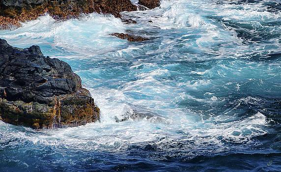Crashing Waves by Rick Lawler