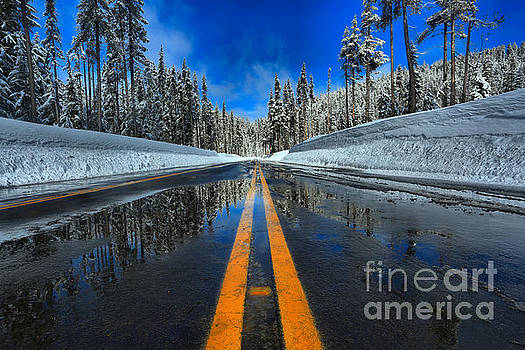 Adam Jewell - Crater Lake Entrance Road