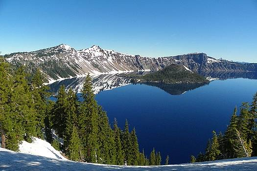 Crater Lake Oregon by James Schultz