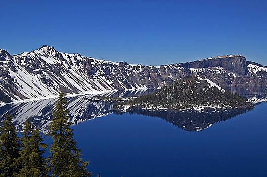 Crater Lake Oregon by Kristen Vota