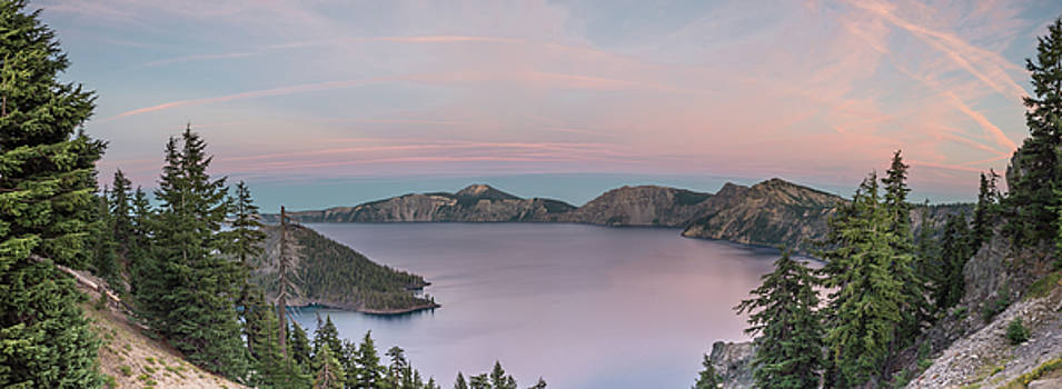 Crater Lake Sunset by Lindy Grasser