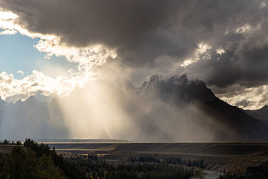 Crepuscular Rays Grand Teton National Park by Troy Montemayor