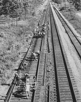 Chicago and North Western Historical Society - Crew Lays Rails