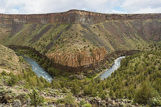 Crooked River Gorge by Joe Hudspeth