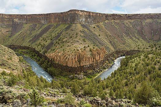 Crooked River Gorge by Joe Hudspeth