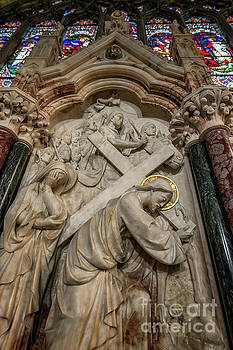 Adrian Evans - Cross of Calvary