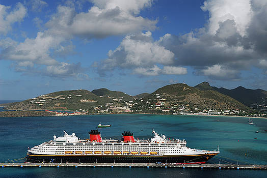 Reimar Gaertner - Cruise ship at Great Bay pier Sint Maarten