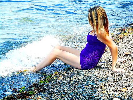 Crystal Lyn at Island View Beach by David Skrypnyk