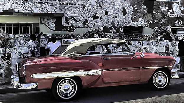Cuba cars 2 by Will Burlingham