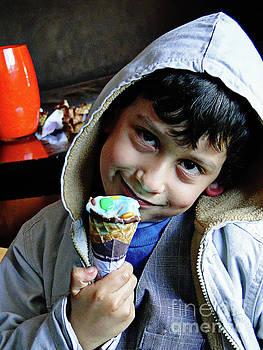 Cuenca Kids 949 by Al Bourassa