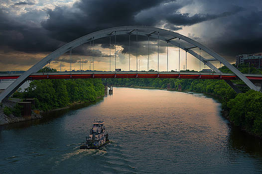 Gateway Bridge over the Cumberland River, Nashville, TN by Art Spectrum