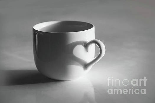 Delphimages Photo Creations - Cup of love