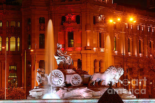 James Brunker - Cybele Fountain Illuminations Madrid
