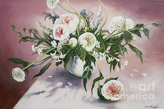 Dahlia Vase  by Lin Petershagen
