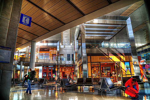 Dallas Fort Worth Airport  by Marcel Kaiser