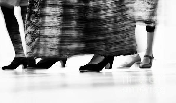 Colin Cuthbert - Dance Class Feet in Motion