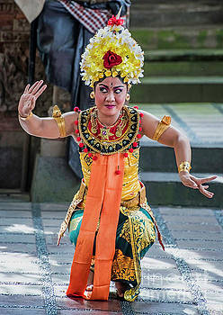 Dancer of Bali by Jim Chamberlain