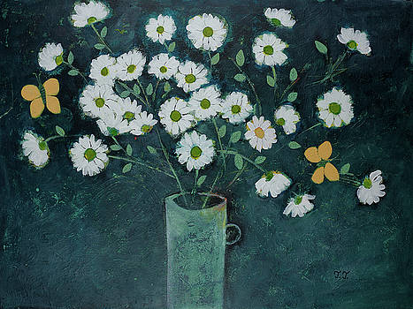 Dancing daisies by Teodora Totorean