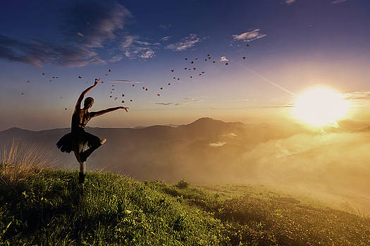 Dancing on the Edge of Time by Debby Herold