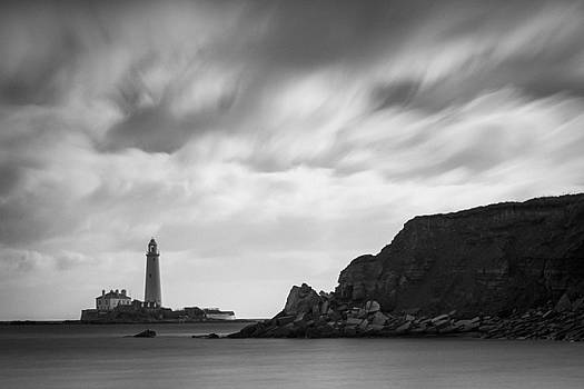 David Taylor - Dark lighthouse