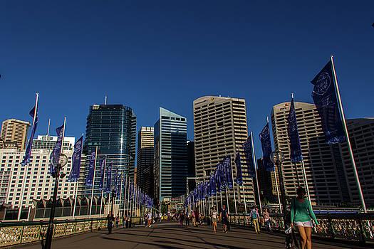 Darlington Harbor - Sydney by Kenny Thomas