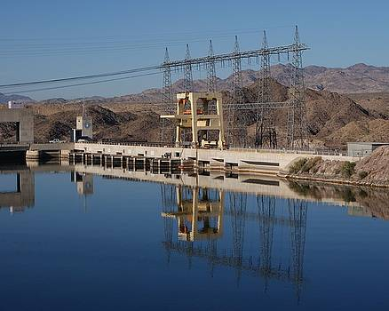 Davis Dam by Robert Rodda