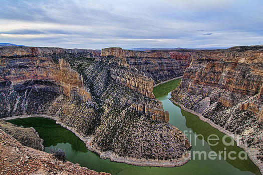 Dawn At Devils Overlook Bighorn Canyon by Gary Beeler